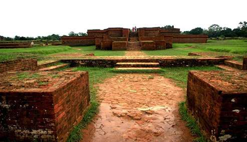 ময়নামতি - কুমিল্লা
