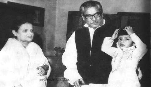 শেখ মুজিবুর রহমান ও তার স্ত্রী বেগম ফজিলাতুন্নেসা